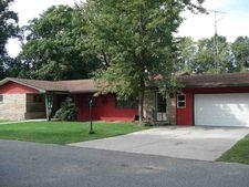 215 N George St, Medaryville, IN 47957