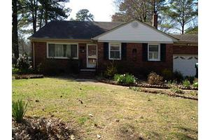 4101 Duncannon Ln, Virginia Beach, VA 23452
