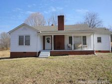 922 Curveview Rd, Lincolnton, NC 28092