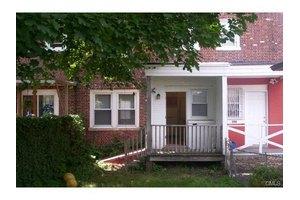 396 Remington St, Bridgeport, CT 06610