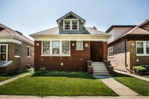 5845 W Henderson St, Chicago, IL 60634