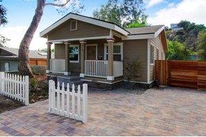 413 Pleasant Hill Ln, Sierra Madre, CA 91024