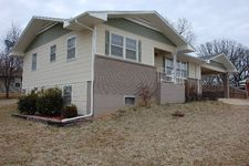 1306 N Howell Ave, West Plains, MO 65775