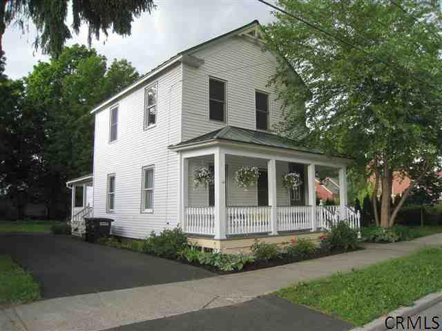 49 Court St, Saratoga Springs, NY 12866