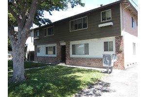2121 Monroe St, Santa Clara, CA 95050