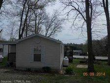 634 Hopeville Rd, Griswold, CT 06351
