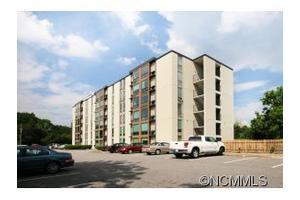 647 Town Mountain Rd Apt 608, Asheville, NC 28804