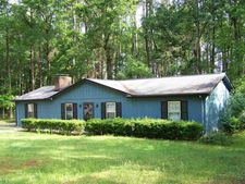208 Wood River Rd, West End, NC 27376