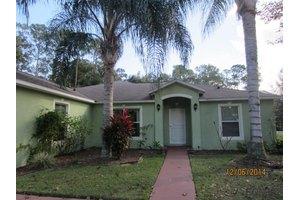 66 Fountain Gate Ln, Palm Coast, FL 32137