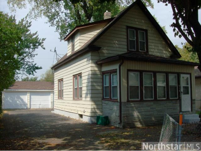 418 Fillmore St NE Minneapolis, MN 55413