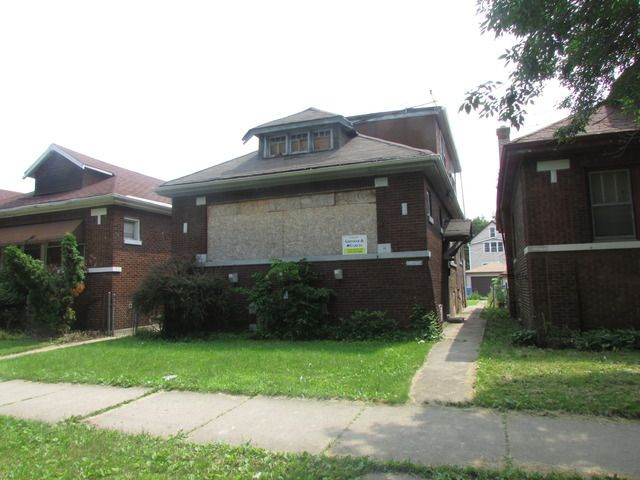 10647 s bensley ave chicago il 60617 home for sale and for House in chicago for sale