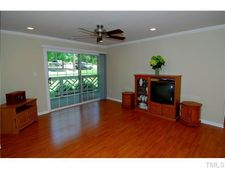 1008 Kingswood Dr Apt A, Chapel Hill, NC 27517