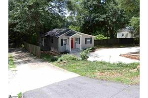 560 Lowndes Hill Rd, Greenville, SC 29607
