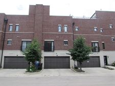 2844 S Pitney Ct, Chicago, IL 60608
