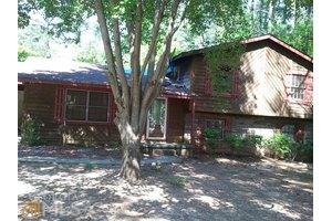 193 Willows Ct, Riverdale, GA 30274