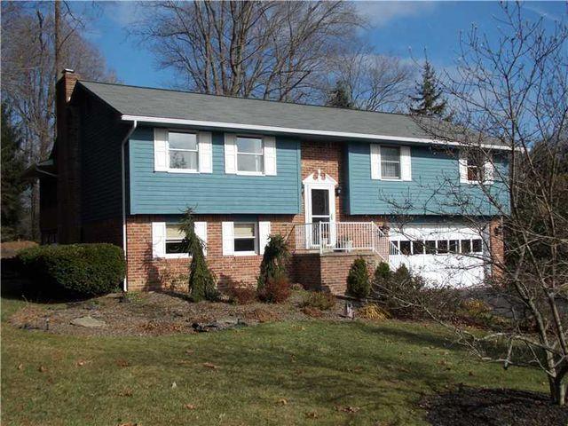 113 Deerfield Rd, Ligonier, PA