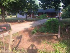 101 Irvin Rd, Reidsville, NC 27320