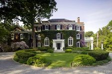 300 Lawrence Hill Rd, Cold Spring Harbor, NY 11724