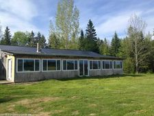 102 Lakeview Rd, Topsfield, ME 04490