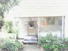 8617 Ne Halsey St, Portland, OR 97220