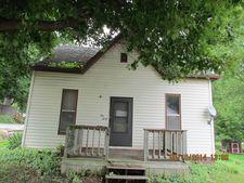 130 E Plum St, Grayville, IL 62844