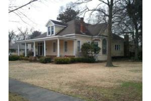 449 Washington Ave S, Greenville, MS 38701