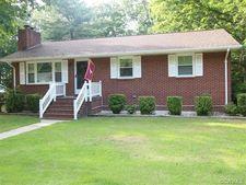 17147 Elm St, Bowling Green, VA 22427