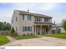 20 Mulberry Ln, Logan Township, NJ 08085