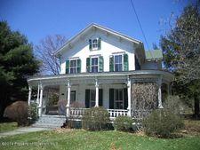 95 State St, Nicholson, PA 18446