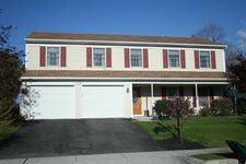 2409 Wicklow Dr, Harrisburg, PA 17112