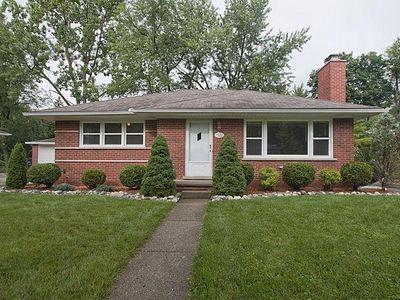 1522 Woodland Dr, Ann Arbor, MI