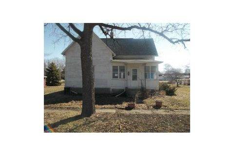 Photo of 304 May St, Radcliffe, IA 50230