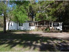 1695 County Rd 246S, Oxford, FL 34484