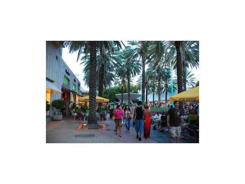 918 Ocean Dr Apt 205 Miami Beach Fl 33139