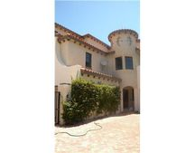 1015 Via Villagio, Hypoluxo, FL 33462
