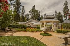 107 Carriage Ln, Grass Valley, CA 95949