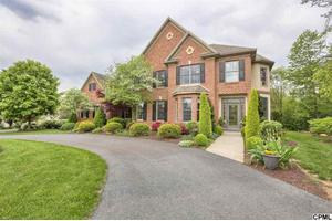 1943 Monterey Dr, Mechanicsburg, PA 17050