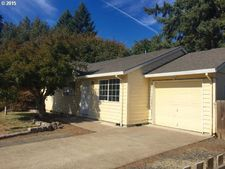 224 W 2nd Place Cir, Lafayette, OR 97127