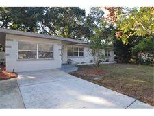 1353 Woodbine St, Clearwater, FL 33755