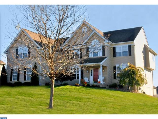 208 honey locust dr avondale pa 19311 home for sale and real estate listing