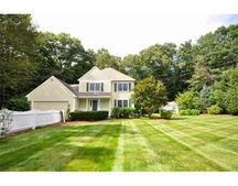 35 Willow St, Acton, MA 01720