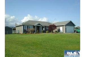 70 Falconcrest Ct, Sequim, WA 98382