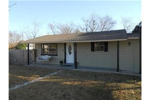 803 E Johnson St, Burnet, TX 78611