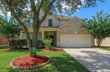 9802 Sunnycoast Ln, Pearland, TX 77584