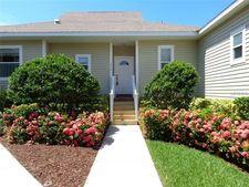 1014 Caravel Ct, Tarpon Springs, FL 34689