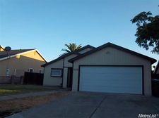 2122 Shameran St, Stockton, CA 95210
