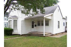 421/423 W 38th St, Marion, IN 46953