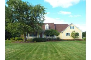 3590 Thornhill Ln, Grove City, OH 43123