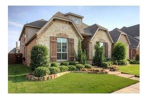 2012 Lambor Ln, Lewisville, TX 75056