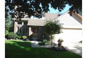 6384 Northview Dr, Mccordsville, IN 46055